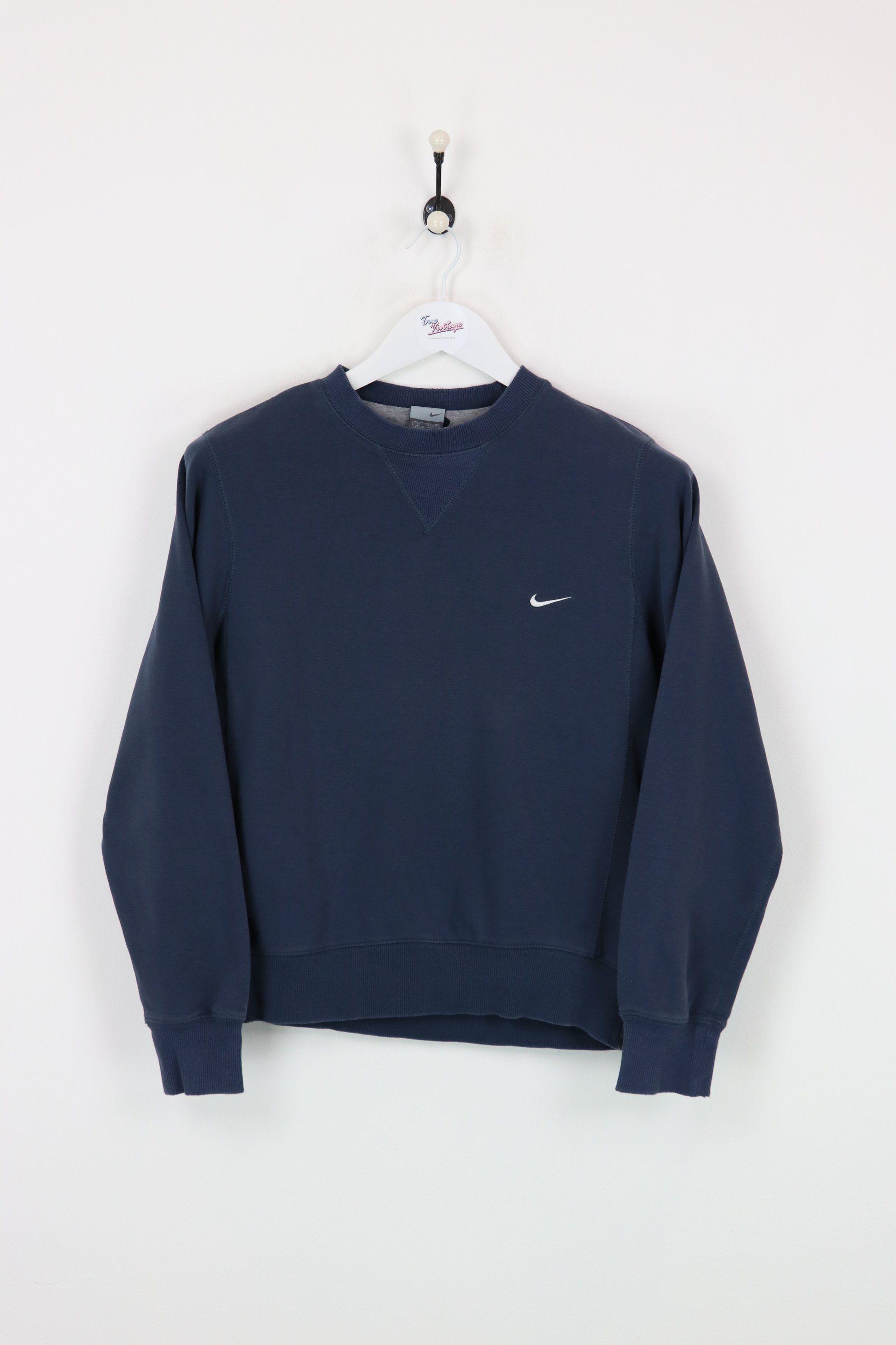 Nike Sweatshirt Navy Xs Vendor Niketype Sweatshirts Hoodsprice 32 00 Very Good Condition Vintage Nikesw Nike Sweatshirts Cute Casual Outfits Sweatshirts