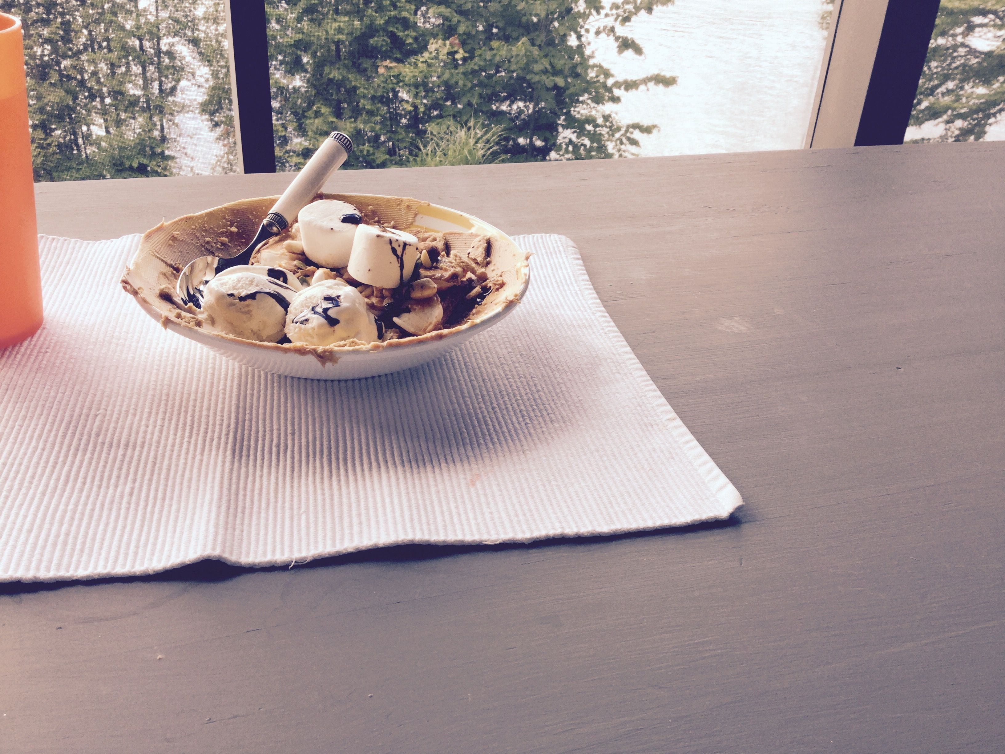 Ma création de guimauve peanut crème glacé et de beurre de peanut....