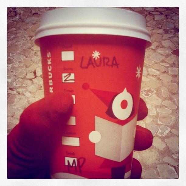 #Starbucks #Invierno #Navidad #VasosRojos