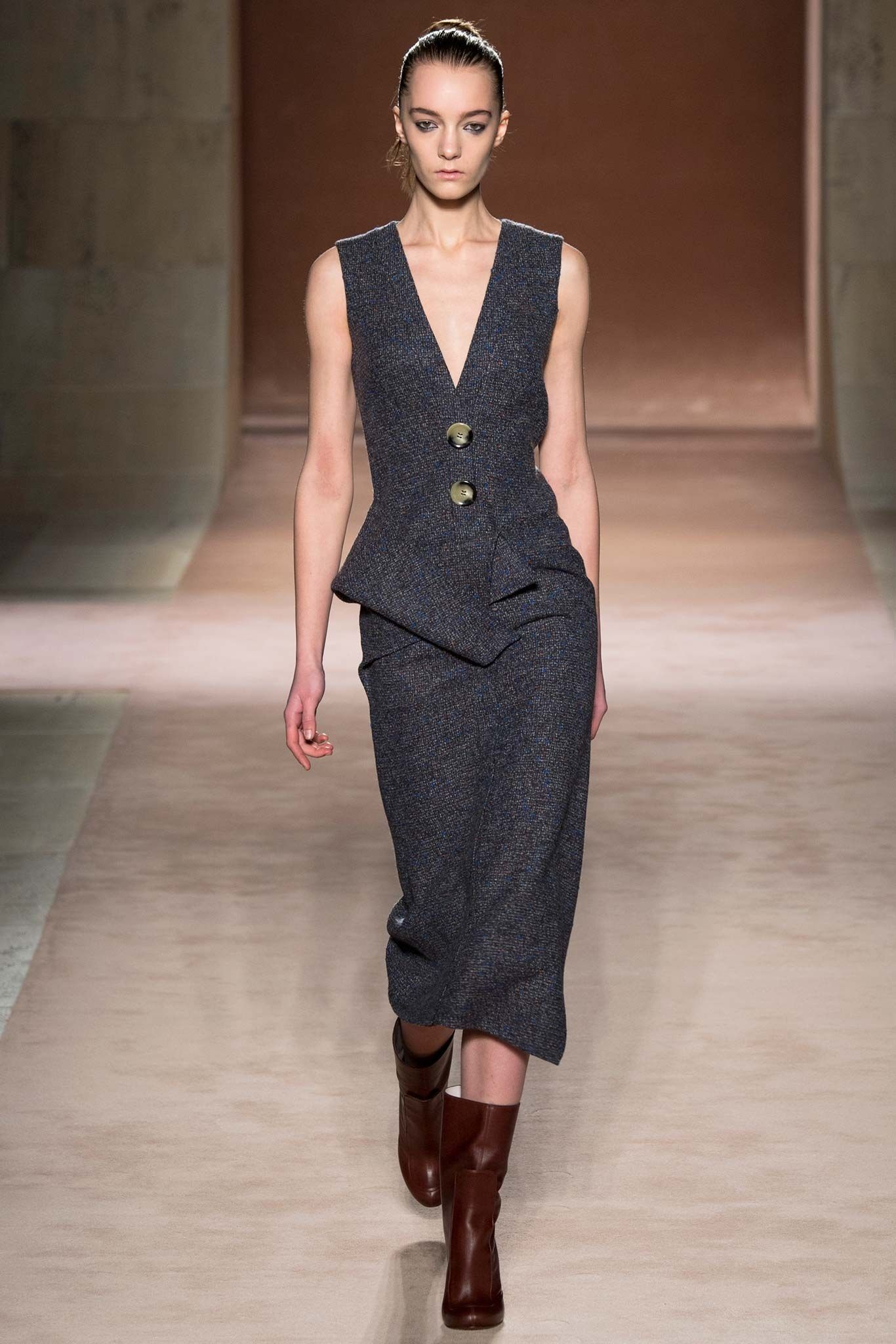 e548dbd74b1 Victoria Beckham Fall 2015 Ready-to-Wear Fashion Show, 2018 | Ρούχα ...