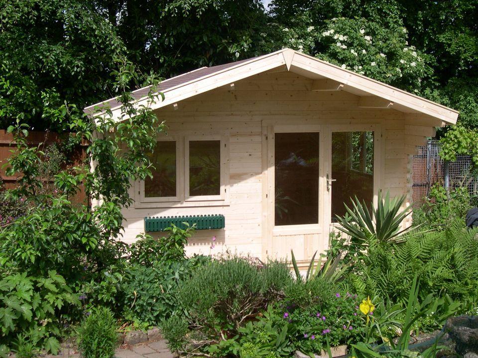 Gardener Classic apex roof log cabin 4m wide Log cabin