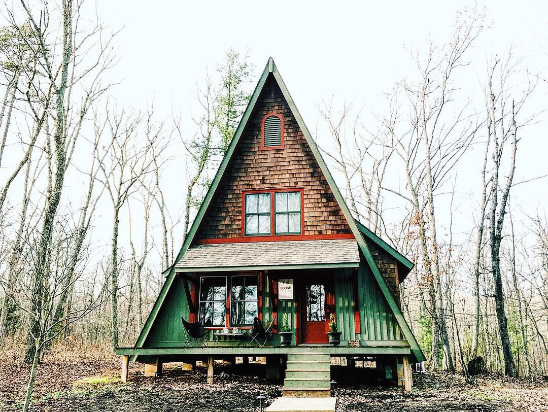The Gum Tree Lodge, the cutest A-frame there ever was #cabin #airbnb ...