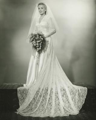 Wedding Dresses of the 1920s, 1930s & 1940s #PhotographySerendipity ...