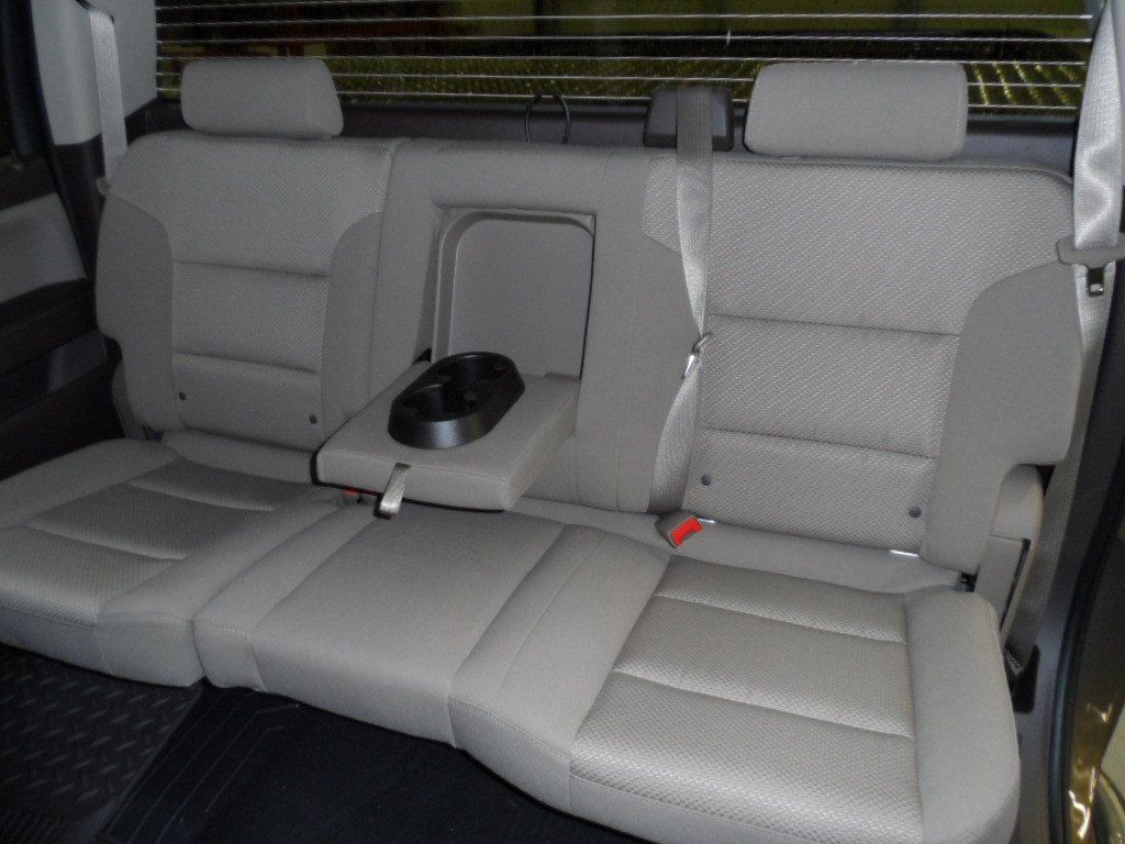 Chevy Gmc 1500 2500 3500 60 40 Seats With An Armrest Gmc Trucks Truck Seat Covers Seating