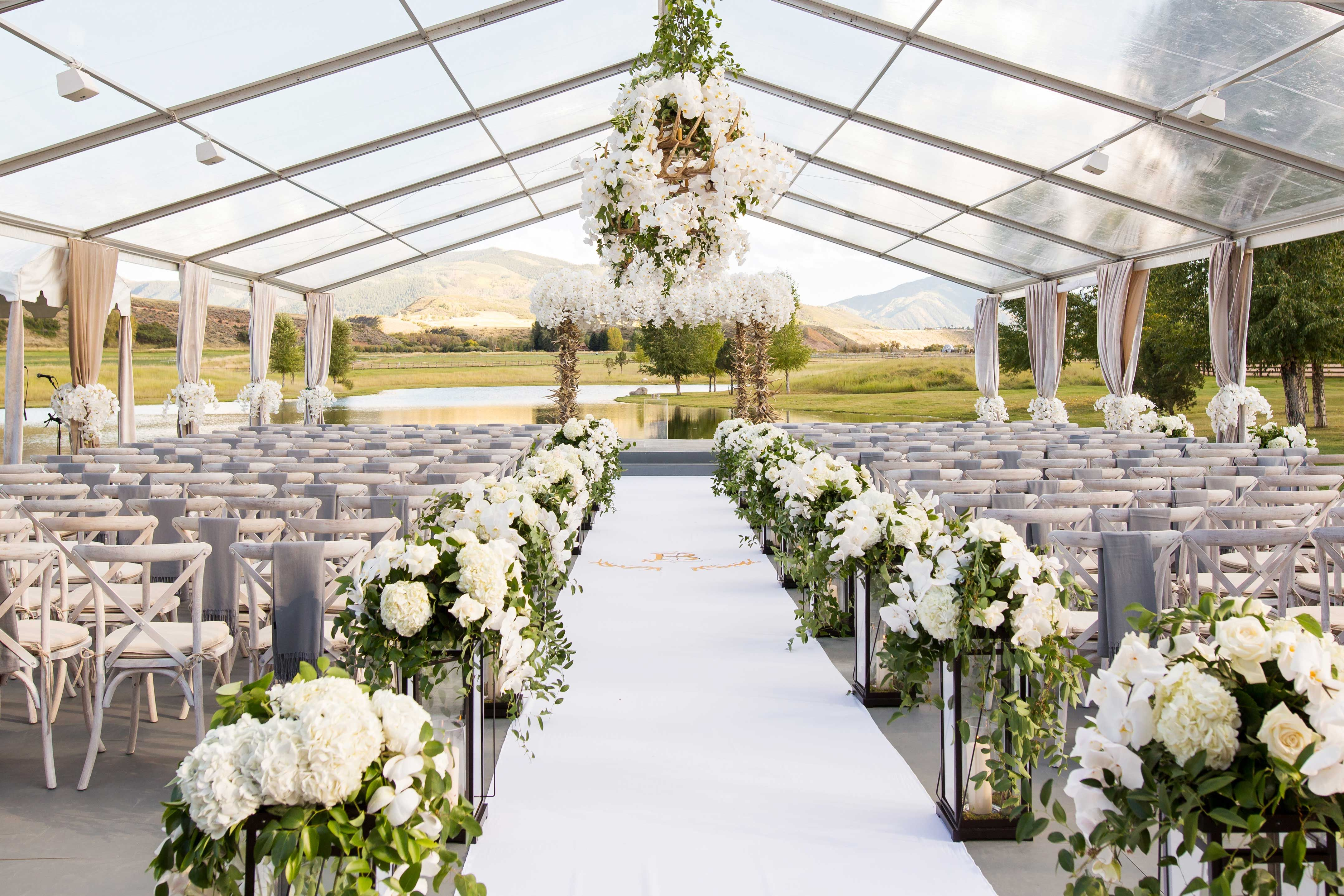 How to Have a Beautiful, WeatherSafe Outdoor Wedding