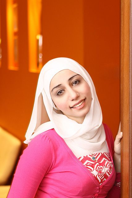 Laila Sheikh Beautiful Qatar Girl | Girl, Middle eastern