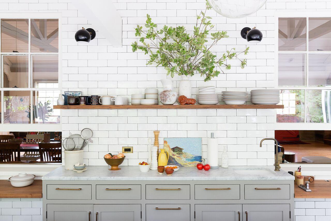 The Modern Wellness Kitchen - Pursuitist | Kitchen interior, Kitchen, Open  shelving