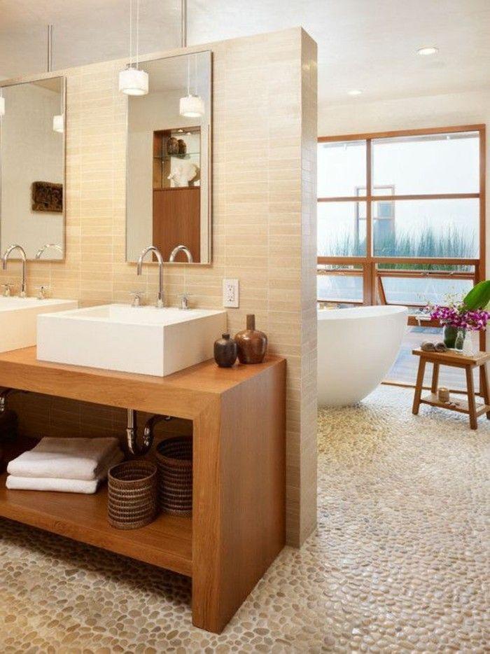 Le carrelage galet, pratique revêtement pour la salle de bain! Tubs