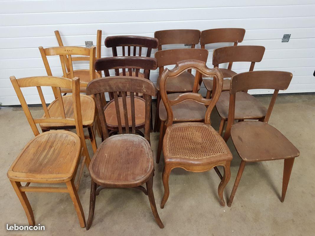 Nous Vendons 12 Chaises Bistrot Dont 1 Baumann Dans Leur Etat D Origine 5 Euros Au Choix Chaise Bistrot Ameublement Chaise