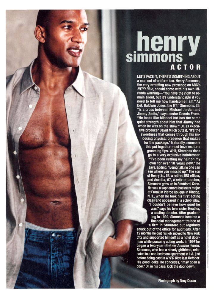 henry simmons net worth