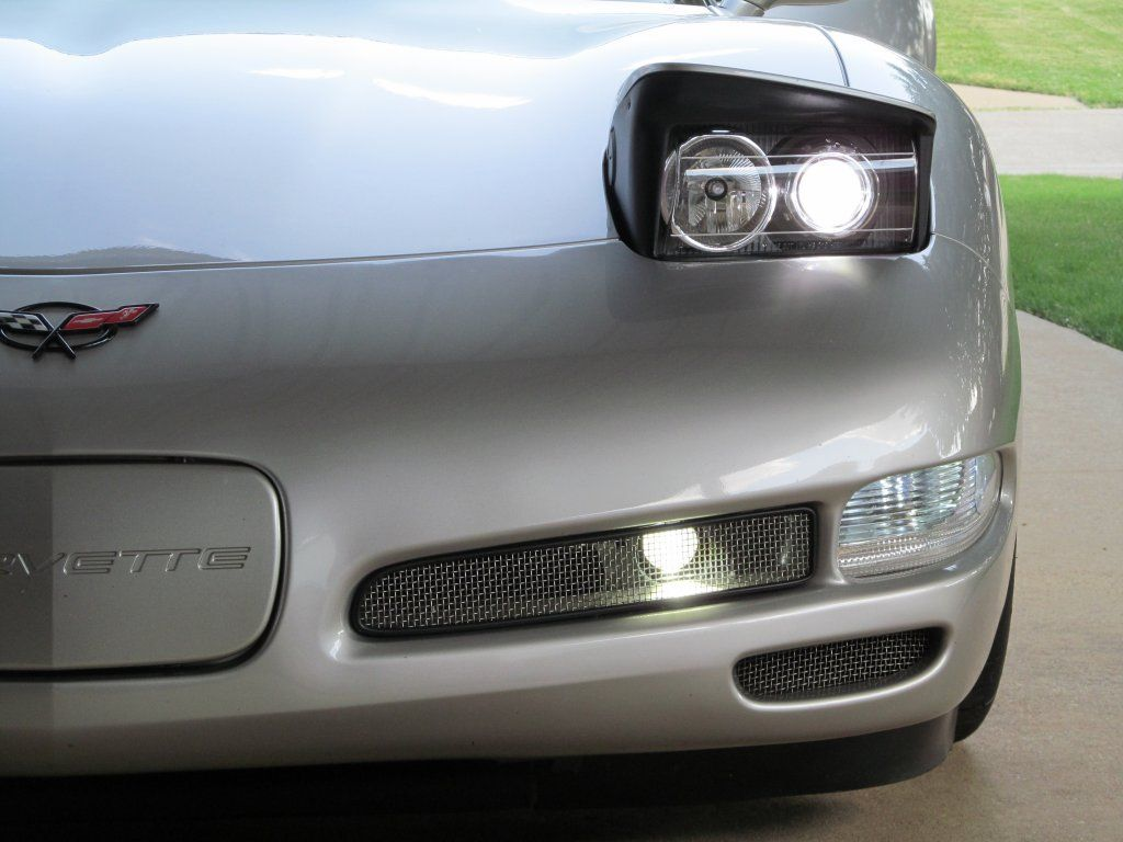 Photo Request Front Bumper Mesh Inserts At Night Corvetteforum Chevrolet Corvette Forum Discussion Chevrolet Corvette Corvette Chevrolet