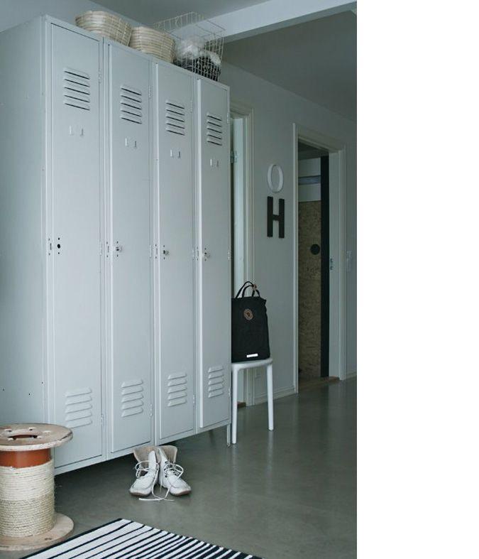 industrial locker interior industrieel interieur industrial interior pinterest m bel. Black Bedroom Furniture Sets. Home Design Ideas