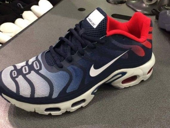 af06ebc1848 Nike Air Max Plus Hyperfuse