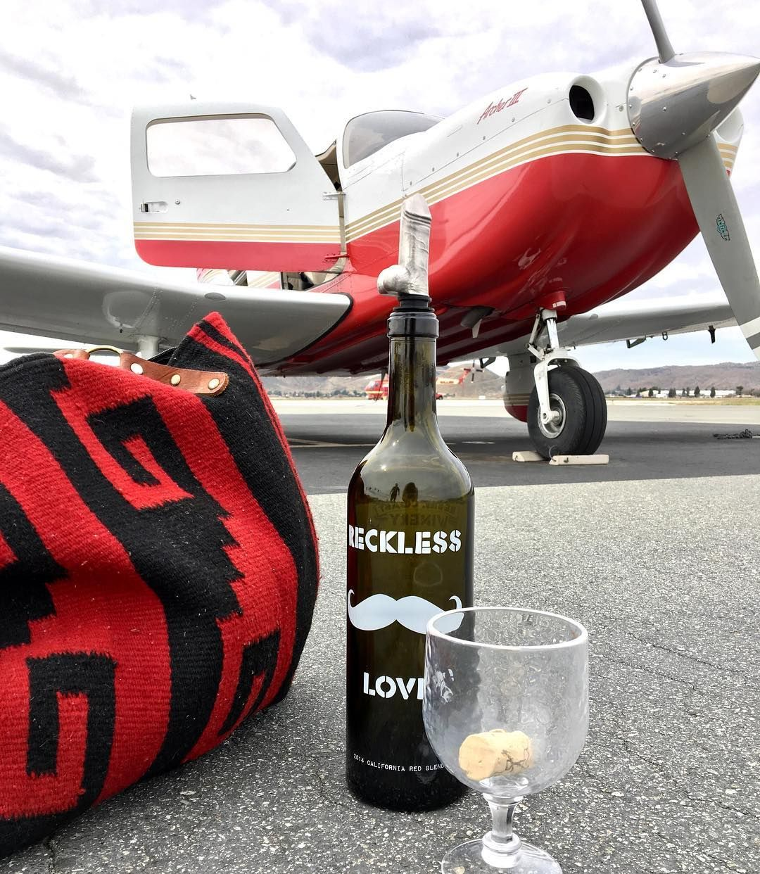 Wine Planes And The Wine Woody Yes Please Dirtygifts Funnydirtygifts Bacheloretteparty Goals Wineandplanes Wine Pourer Woody Aerator