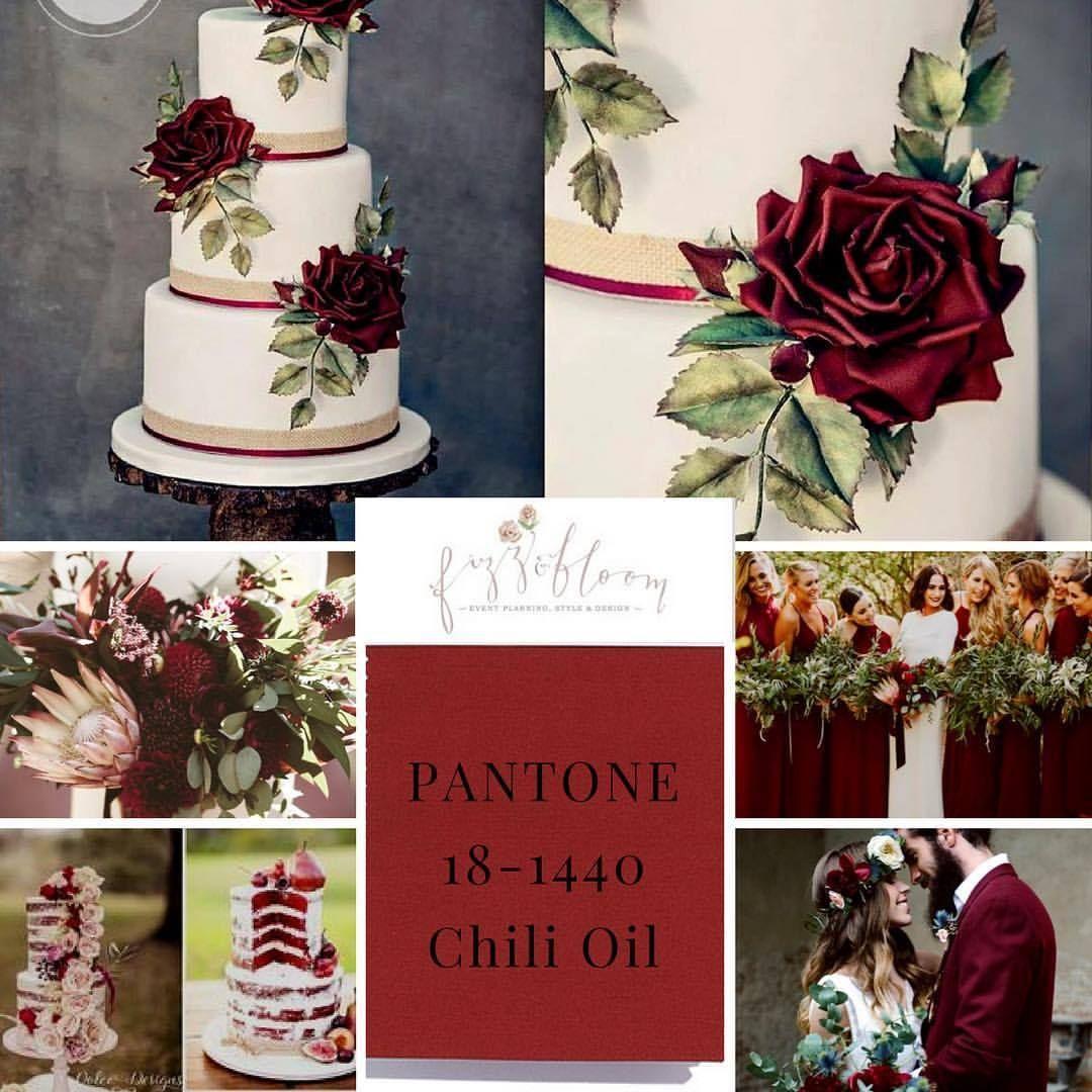 Pantone color 2018 wedding cakes