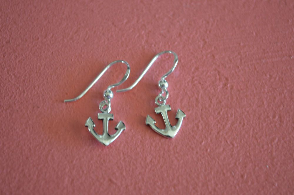 925 Sterling Silver Small Anchor Earrings - Small Anchor Earrings #ChaiyoCreations #DropDangle