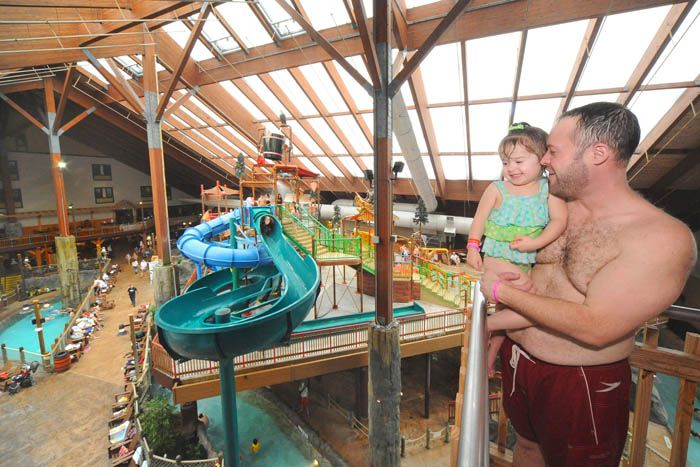 Ny Waterpark Photo Gallery At Six Flags Great Escape Lodge Lake George Hotels Lake George Indoor Waterpark