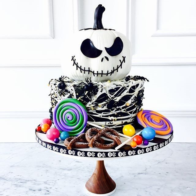Jack Skellington cake! Cool Halloween cakes   cool cake