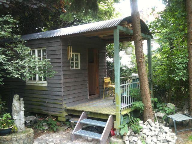 Gartenhaus Altholz gartenhaus aus silodach altholz abrißtreppe und altem zaun plus