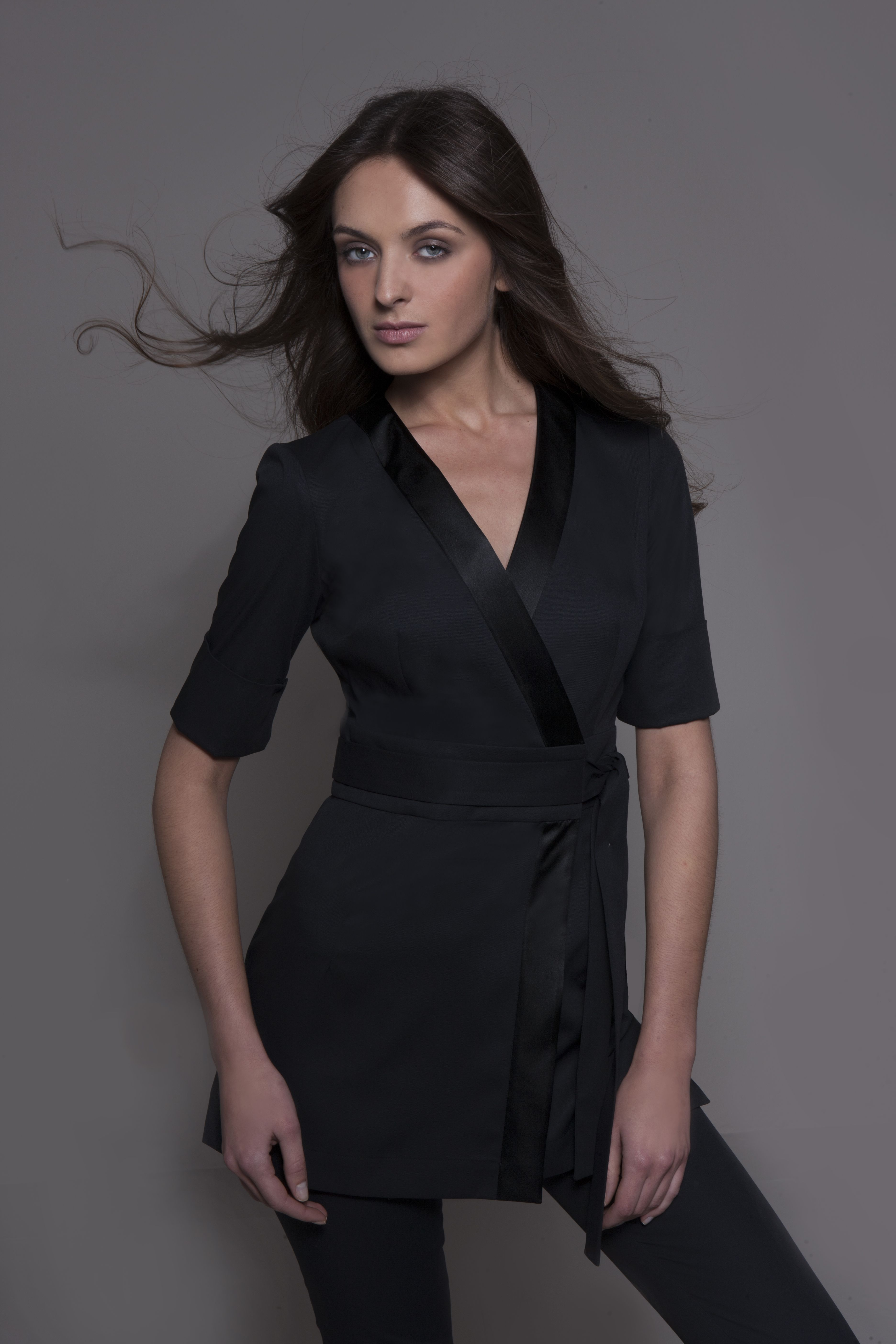 Spa uniform nagoya in black elegant spa tunic for Spa nagoya uniform