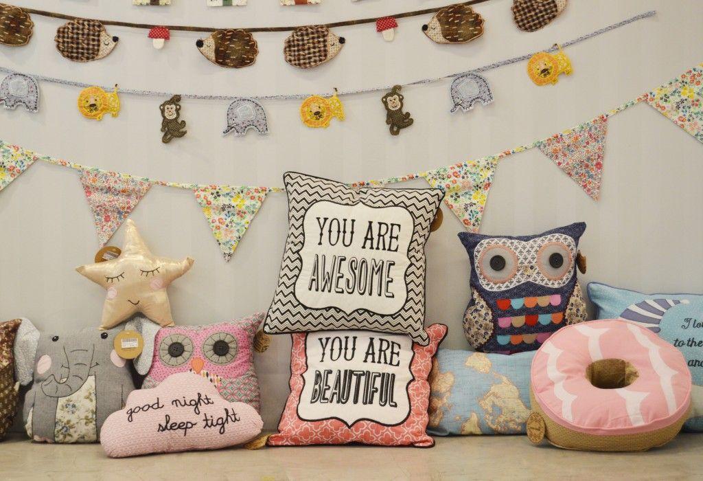 Cojines y guirnaldas para decorar habitaciones infantiles, decoración infantil