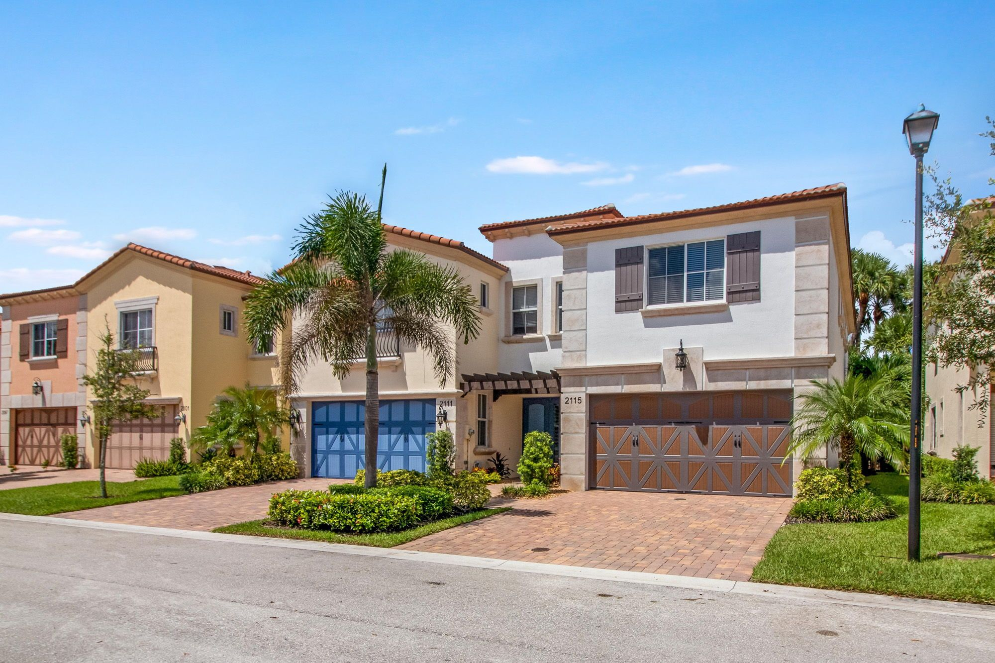 This Newer Construction Mediterranean Style Luxury Townhome Features A Desirable Open Floorplan Plus 3 Gen Townhouse Exterior West Palm Beach Palm Beach Living