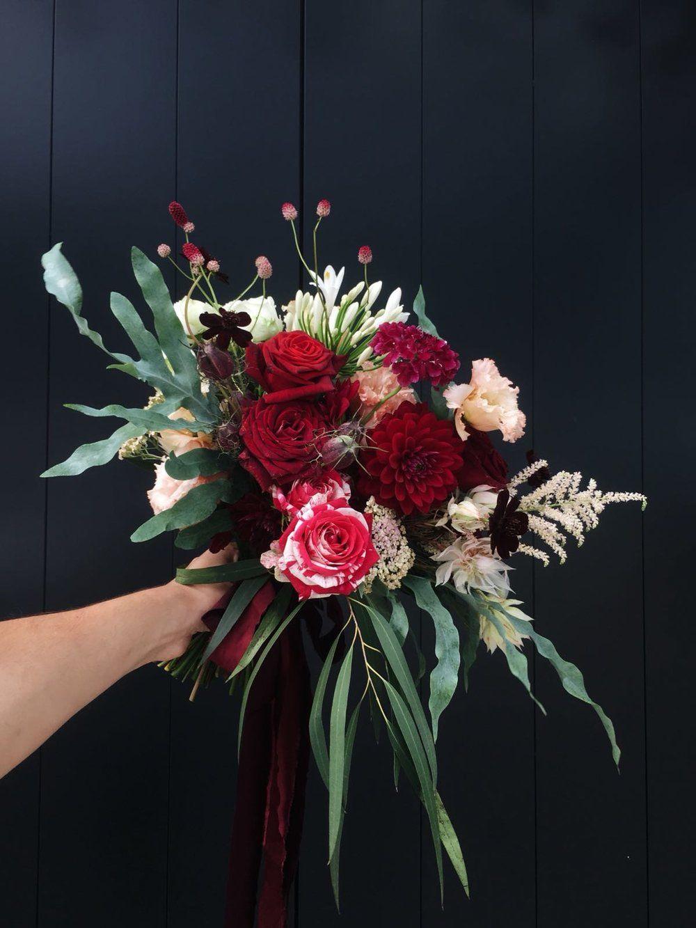 romantic bridal bouquet inspire styling flower arrangements rh pinterest com