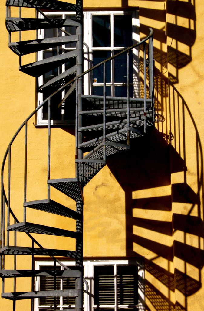 Best Dna Double Helix Staircase With Images Shadow Architecture 400 x 300