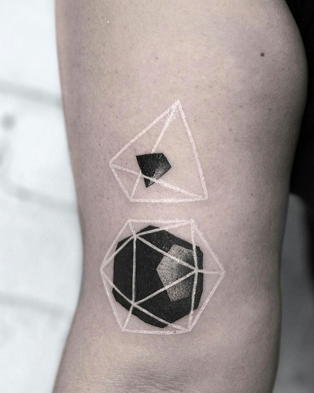 40 Incridible Combination Black & White Ink Tattoo Ideas