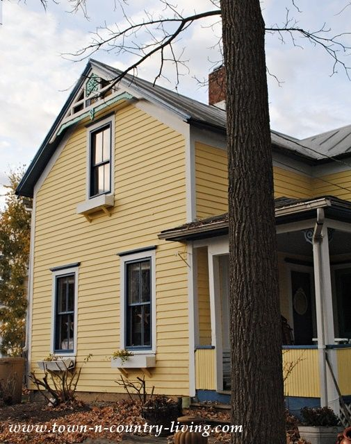 We Used Sherwin Williamu0027s Resilience Paint In The Following Colors U2026  Clapboard Siding In Butter Up Main Trim In Snowbound Window Trim In  Downpour Front And ...