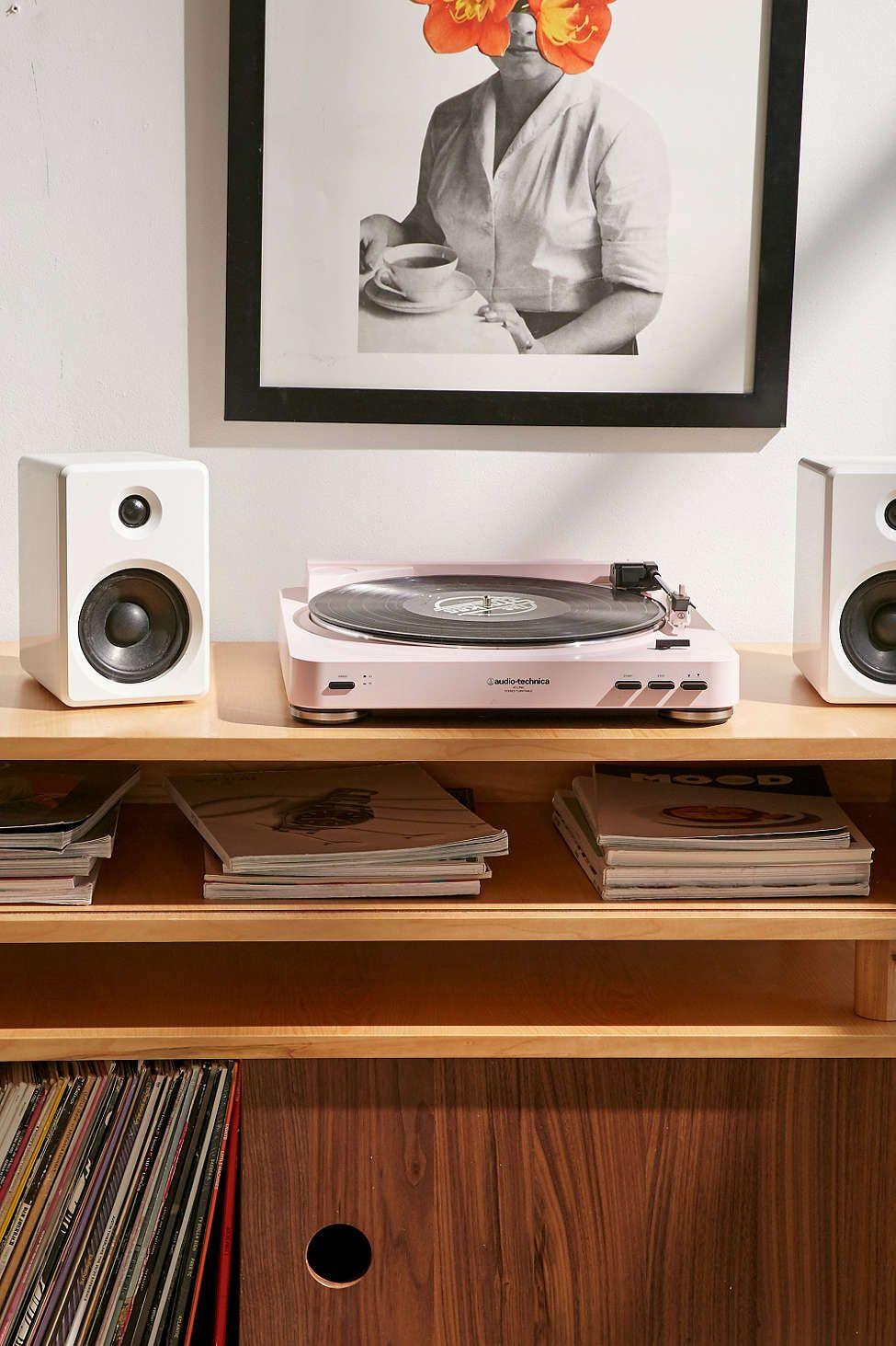 Audio Technica X UO AT LP60 Bluetooth Vinyl Record