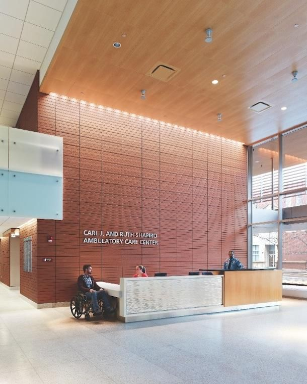 4 hospital lobbies provide a healthy perspective for Modern hospital building design