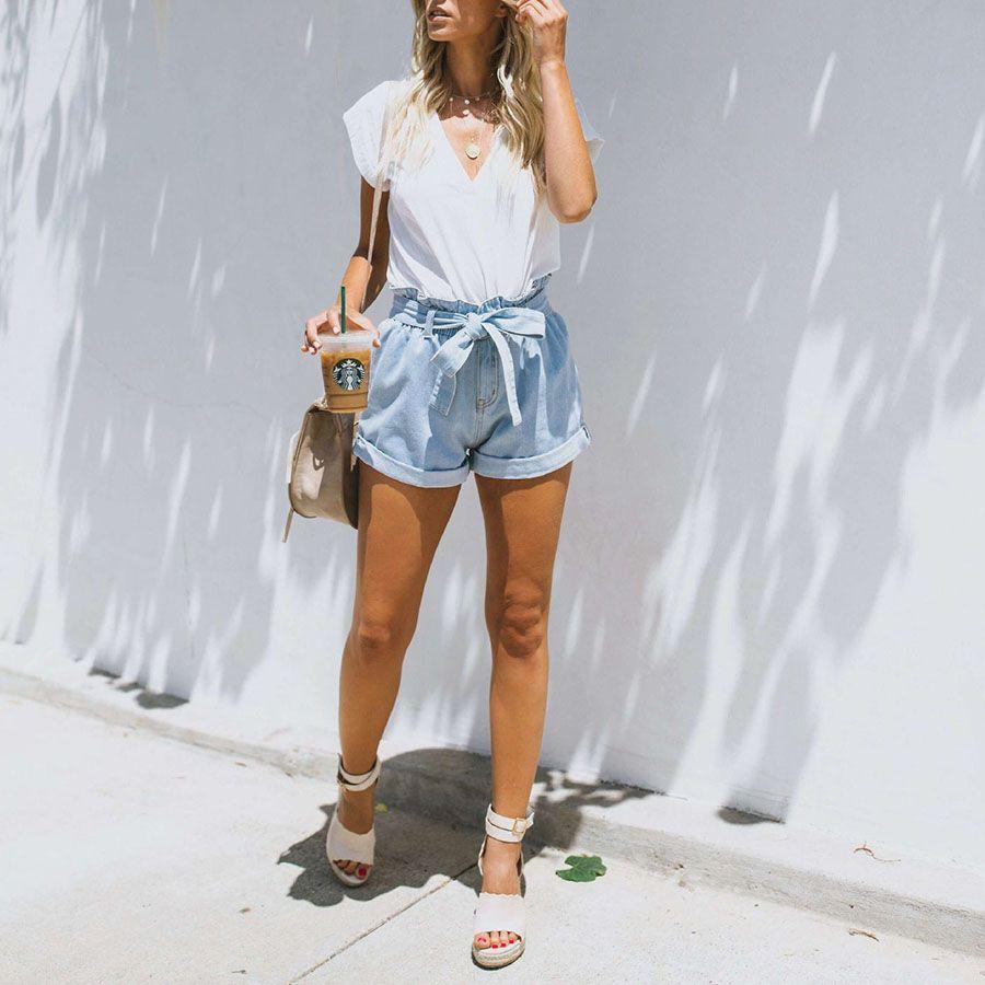 Boyfriend Loose Fit High Waisted Cuffed Paperbag Denim Shorts High Waisted Shorts Outfit High Wasted Shorts Outfit Short Outfits