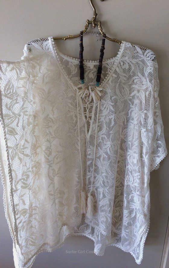 Impression of Anthropologie ELAN crochet lace up hotel boho surfer lady tunic Graphic of Anthropolo