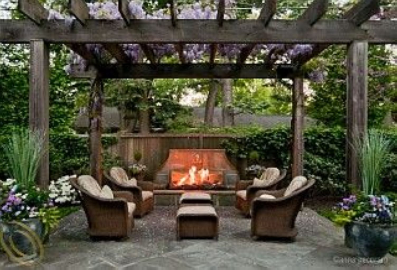 55 Beautiful Small Space Ideas for Gardens