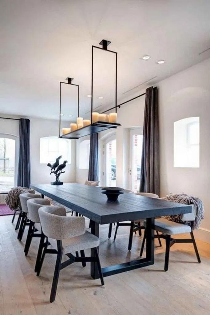 35 Inspiring Dining Room Decorating Ideas with Modern Style #diningroom #diningroomdecor #houseinterior #homedecor #furniture | fikriansyah.net
