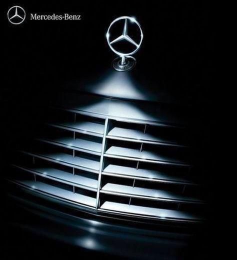 Mercedes benz christmas advertisement christmas for Mercedes benz christmas ornament