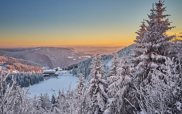 Scarica sfondi inverno paesaggio montagne foresta neve for Immagini inverno sfondi