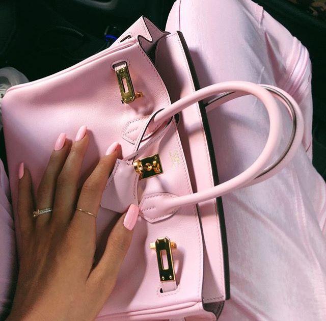 6c8e6a66c09f Kylie Jenner Hermes Birkin mini bag pink