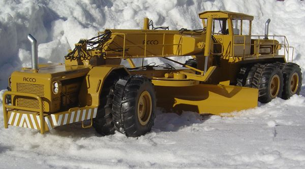 Worlds largest Grader - General Topics - DHS Forum