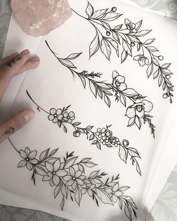 Armbänder / Armreifen mit reduzierten Werten erhältlich. Tattoo Inspo #flowertattoos - flower
