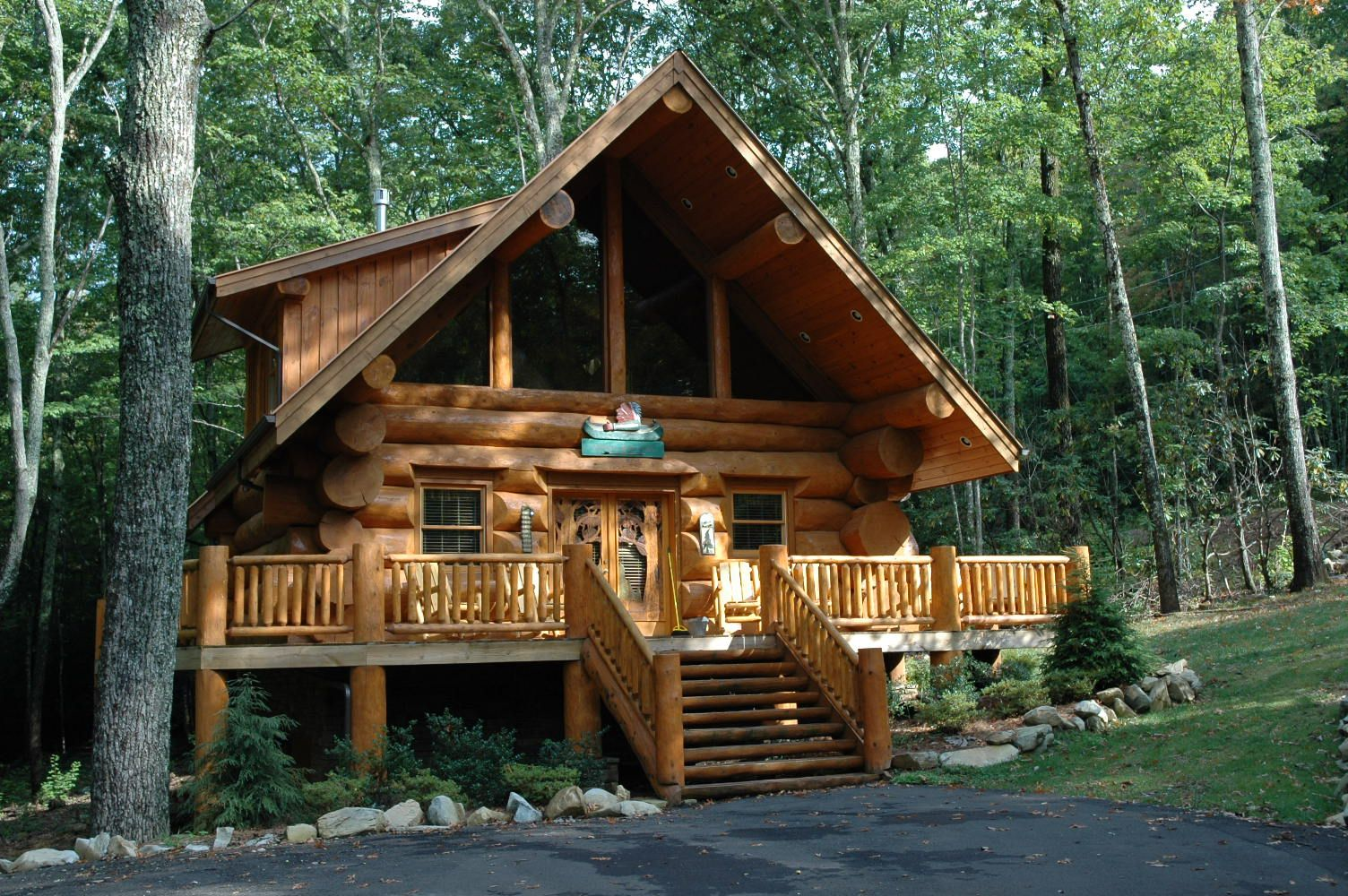 Could you live in a log cabin one that had the same log for One room log house