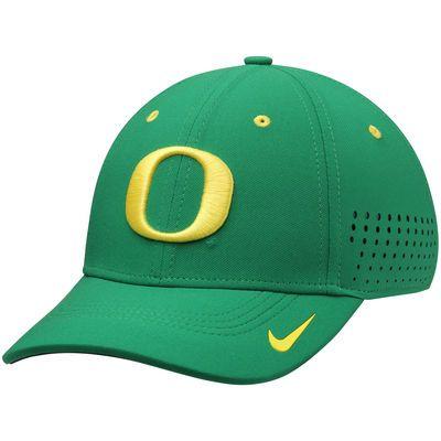 best sneakers baeda a413e Men s Nike Apple Green Oregon Ducks Dri-FIT Sideline Swoosh Flex Hat