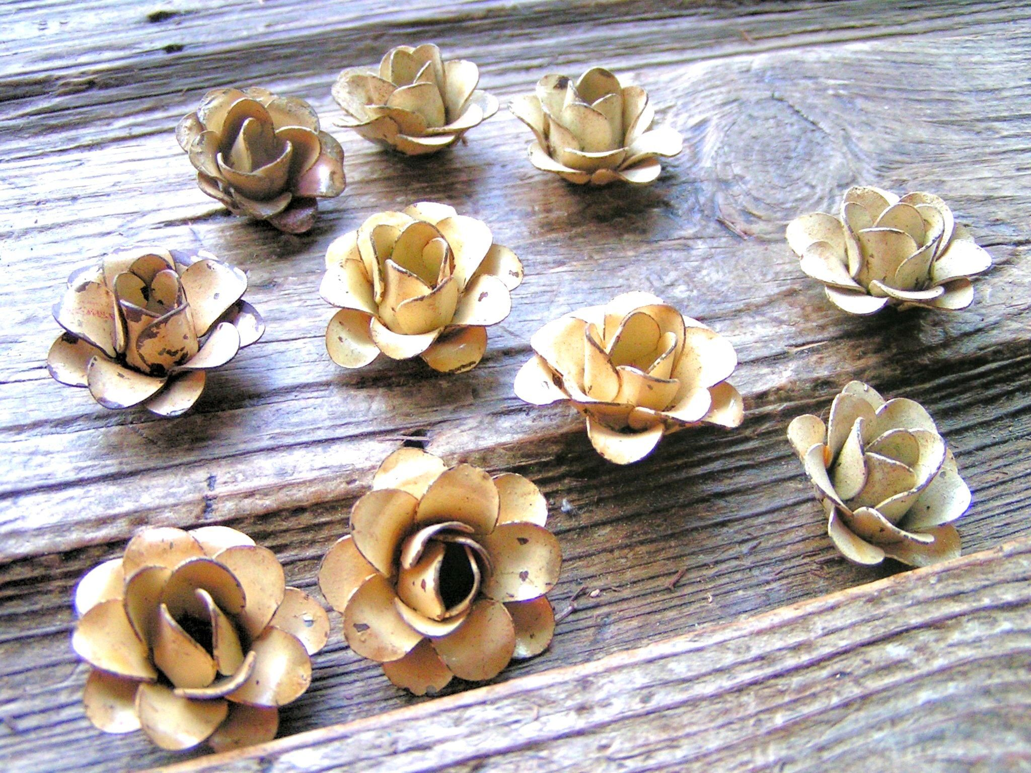 jewelry art woodworking arrangements flowers for accents Two Large metal BLACK roses crafting embellishments