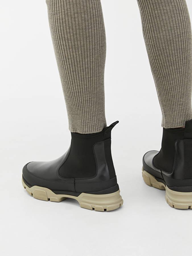 Sporty Chelsea Boots - Black - Shoes