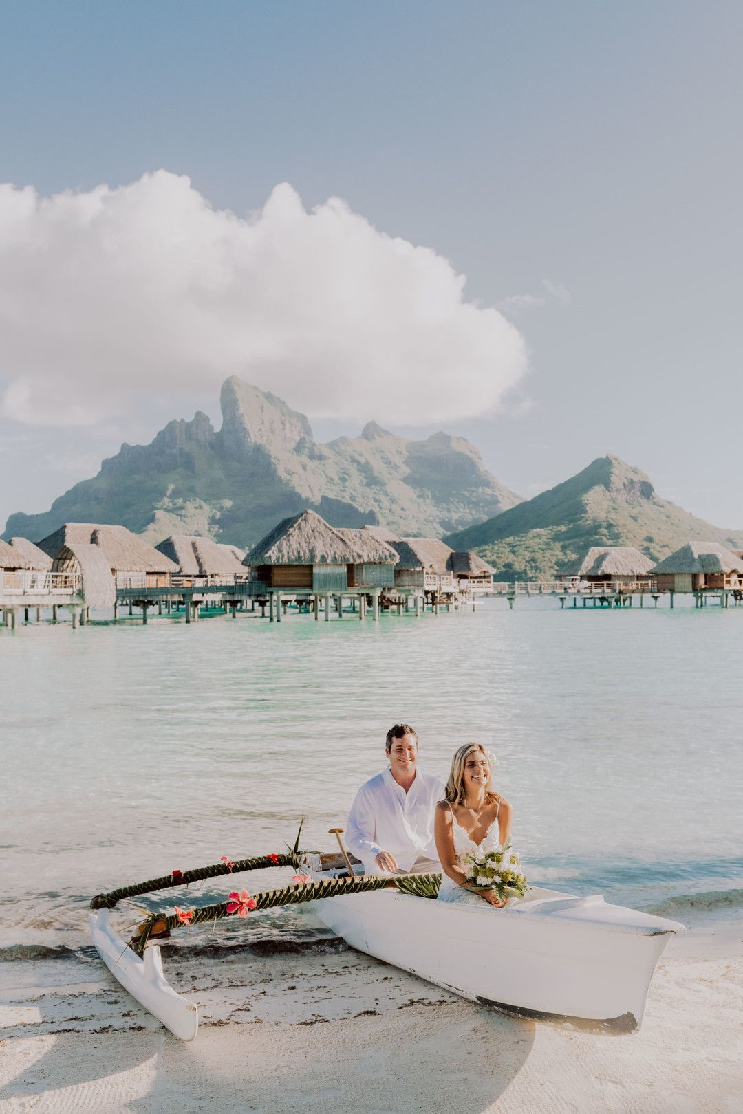Elopement At The Four Seasons In Bora Bora Bora Bora Wedding Bora Bora Honeymoon Pictures