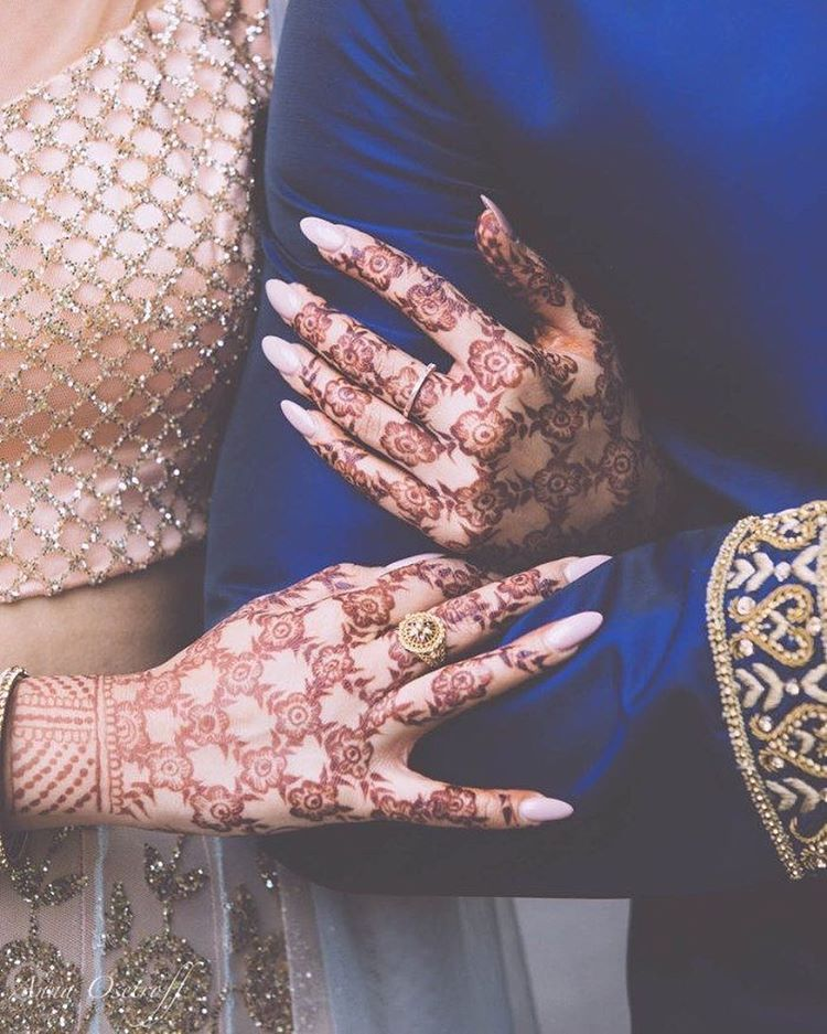 Mehndi Bride Poses : See this instagram photo by indian wedding inspiration