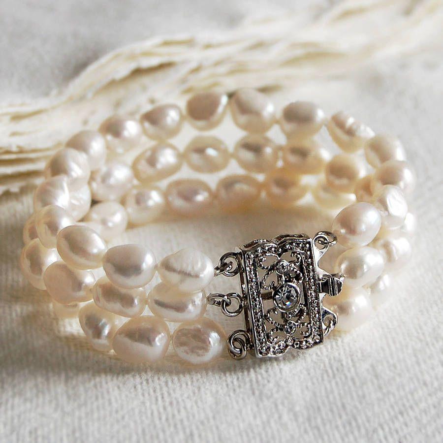 Vintage Style Triple Strand Pearl Bracelet
