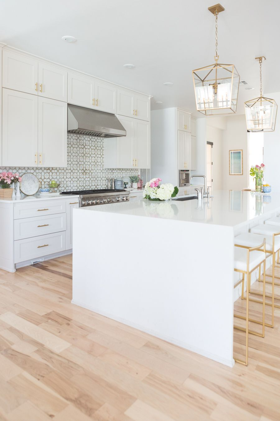 5 Large Kitchen Set Style Tips If Small Is Not The Choice White