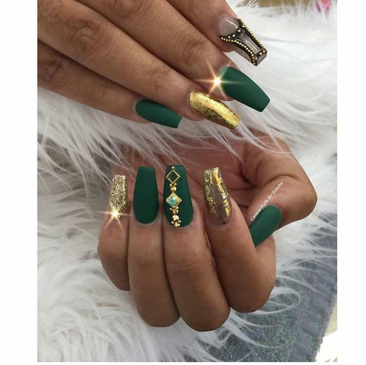 Green Gold Nails Gold Nail Designs Green Nails Gold Acrylic Nails